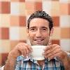 Люди, которые пьют кофе, живут дольше